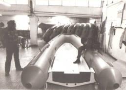 CMBoat-Ricostruzione-Tubolari-Milano-Seggiano-Pioltello-Massimiliano-Caruso-Franco-Donno-Asso-1978-2000-Bianco-Nero-Foto-Antica