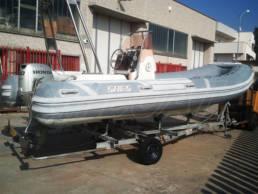 CM-Boat-Riparazione-Ricostruzione-Sostituzione-Tubolari-Gommoni-Milano-Pioltello-Retubing-Rib-Sacs-560-03